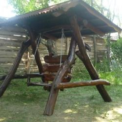 Качель деревянная декоративная